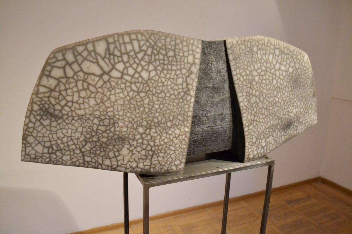 Wystawa ceramiki Alicji Buławski-Fankidejskiej